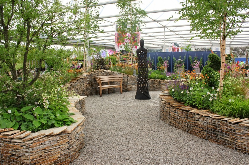 RHS Chelsea 2014 Perennial -Yellow Quartz Paddlestones in Gabion Inspiration Cages, Cornish SGG Imperial Setts Cedagravel filled with SGG 14mm -  (142)